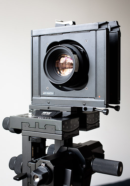 Using a DSRL with Sinar view camera | Studio Antti Hahl